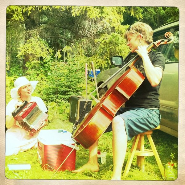 Jamming with Joy at the Robson Valley Festival, 2011.